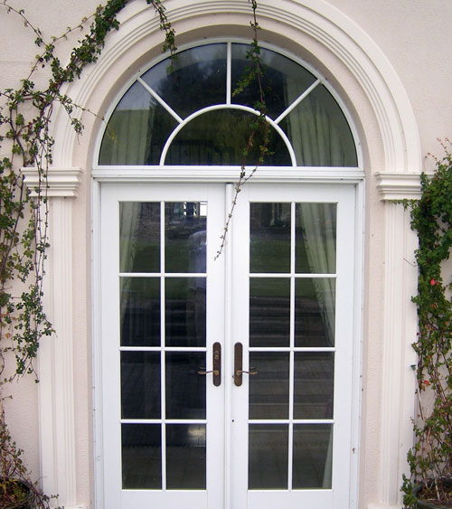 Classic Door Surround & Slaney Plaster Mouldings - Door Surrounds